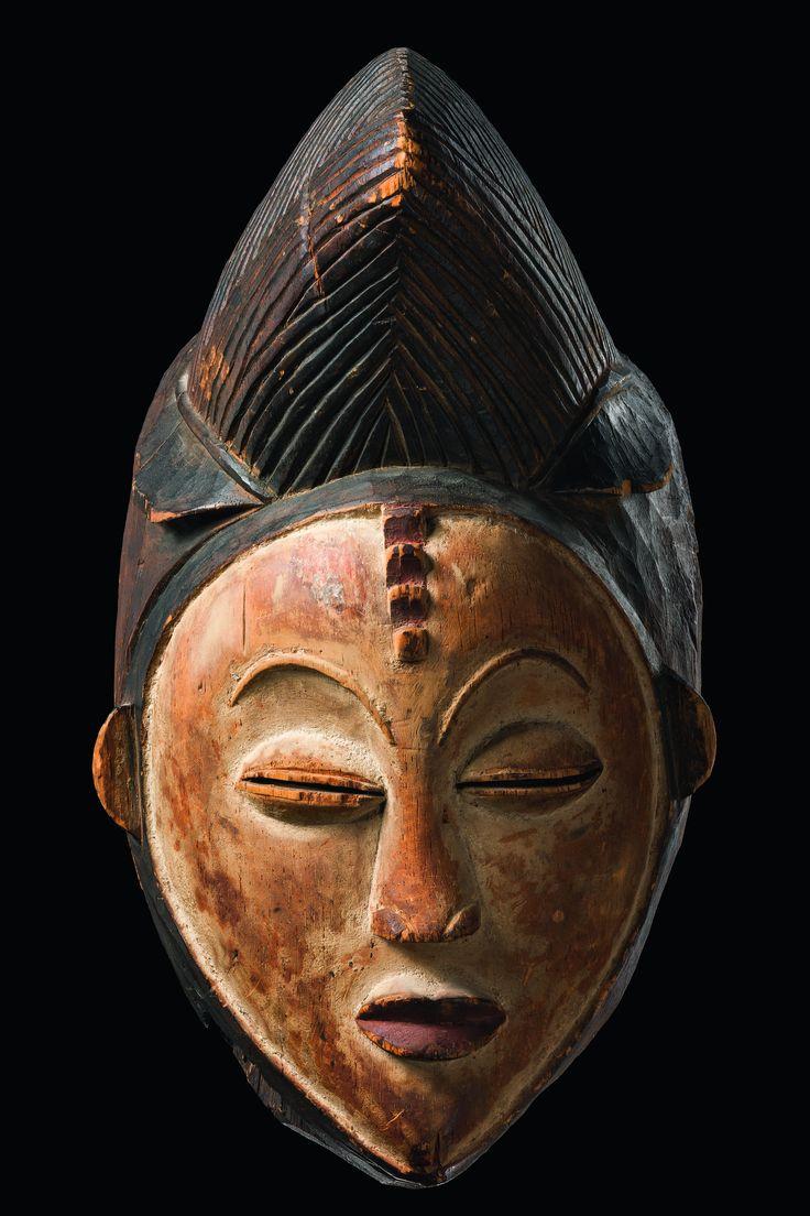 "Africa | Mourning face mask ""okuyi"" from the Punu/Lumbo people of Gabon | Wood, pigment"