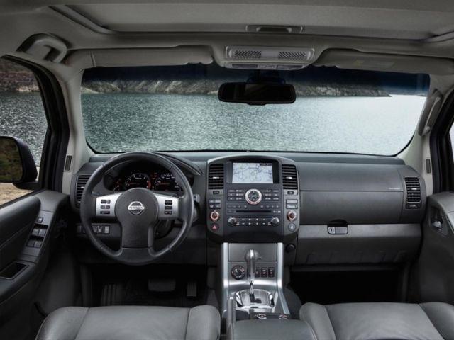 McCarthy Call-A-Car: New NISSAN Navara 2.5 DCi XE D-Cab Dsl PU. www.callacar.co.za