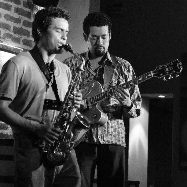 Andrew y Juan Jose en Saxo Pub Live noche de Jazz !!!