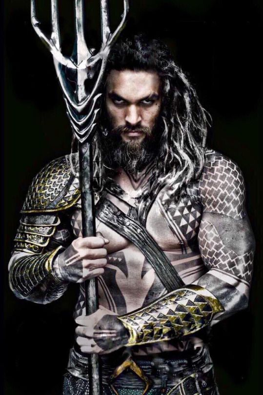 My new favorite superhero!!!!!!! Kahl Drogo AND Aquaman?!?! Yay!! Emilia Clarke needs to make an appearance in this movie...