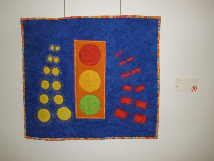 """Stop and Go"" by Norma Clarke, Etobicoke Quilters' Guild"