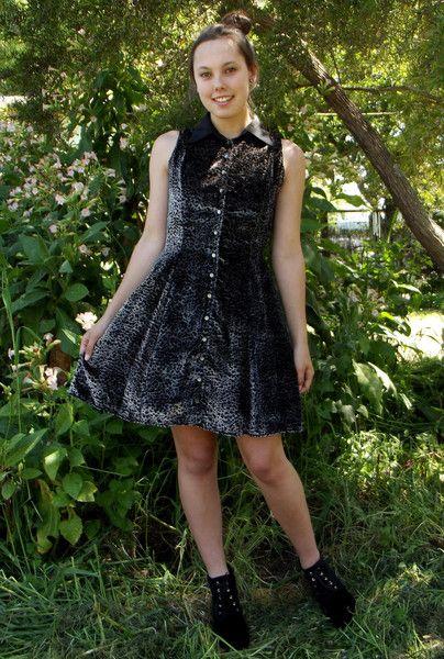 VELVET FIT & FLARE BUTTON DOWN DRESS WITH COLLAR from www.daredarla.com