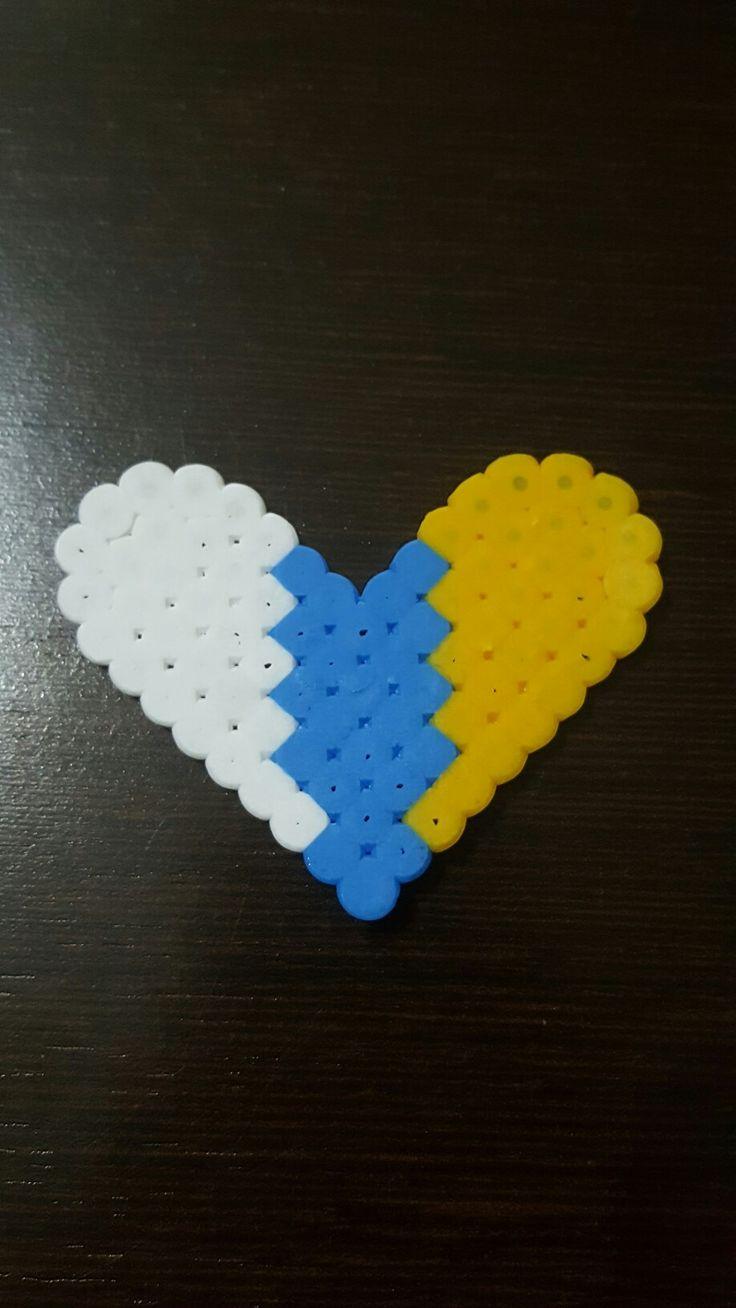 Bandera En Corazón Islas Canarias. Hama Beads