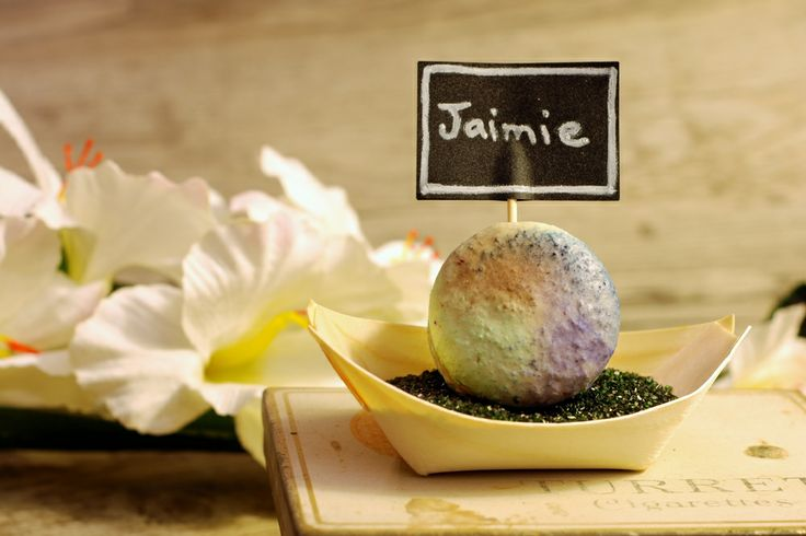 Macaron, coloured sugar and bamboo place-setting with chalkboard name card.  So cute for weddings, bridal showers, baby showers, catered events, etc.