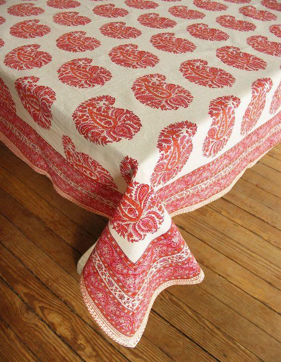 Stunning Pink Paisley Tablecloth Burlap Table Decorating Ideas