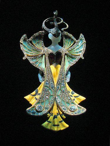 Pendentif d'Henri Vever (Musée des arts décoratifs))