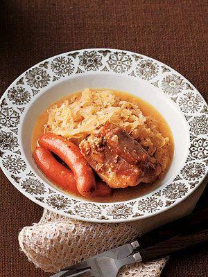 【ELLE a table】塩豚とキャベツのシュークルート風レシピ|エル・オンライン