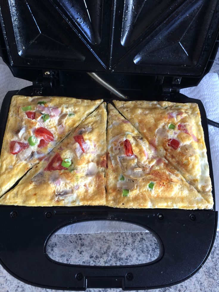 Omelette in the toastie machine!! It was & FREE- just 2 eggs, ham, tomato & mushroom.  You could add cheese from HEa x