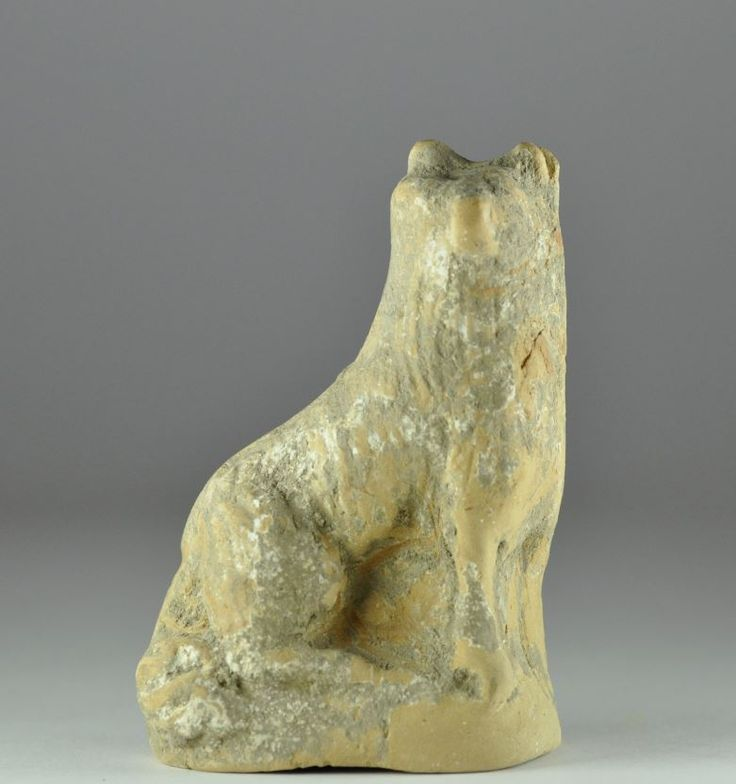 Greek pottery dog, 4th-1st century B.C. 8.7 cm high. Private collection