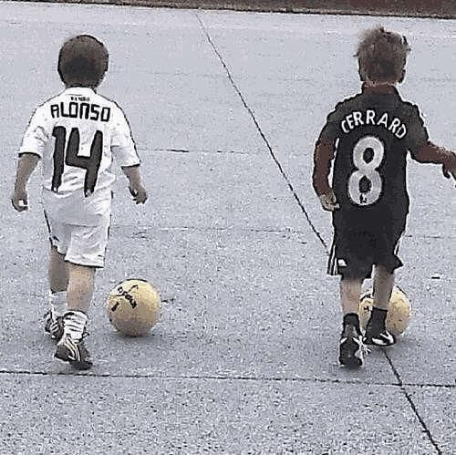 Wife of Xabi Alonso recently posted this photo on her Instagram account #LFC #Gerrard GERLONSO <3