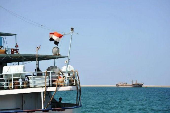 1. Somalia Bajak laut di Somalia ini tidak pilih-pilih dalam menentukan korbannya. Apapun yang melintas baik itu kapal kargo, kapal pesiar mewah maupun kapal pesiar pribadi semuanya bisa menjadi sasaran pembajakan. Tidak adanya keseriusan dari pemerintah Somalia untuk memberantas bajak laut ini menjadikan daerah sepanjang 300 kilometer lepas pantai Somalia daerah yang paling berbahaya di dunia. http://kemanaajaboleeh.com/2015/02/7-negara-berkumpulnya-bajak-laut-paling-kejam-di-dunia/