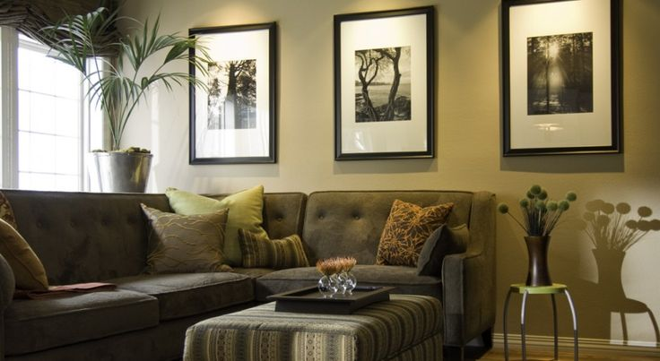 40 best images about best types of family room on pinterest for Small family room ideas