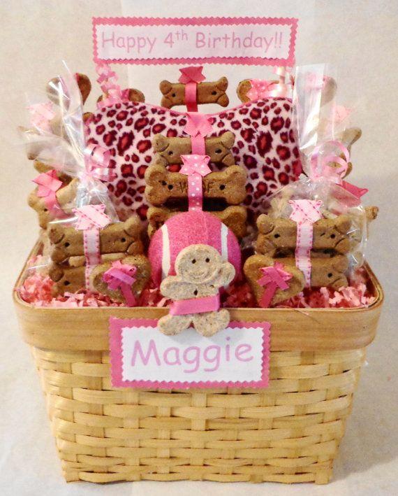 Custom treat baskets for pets