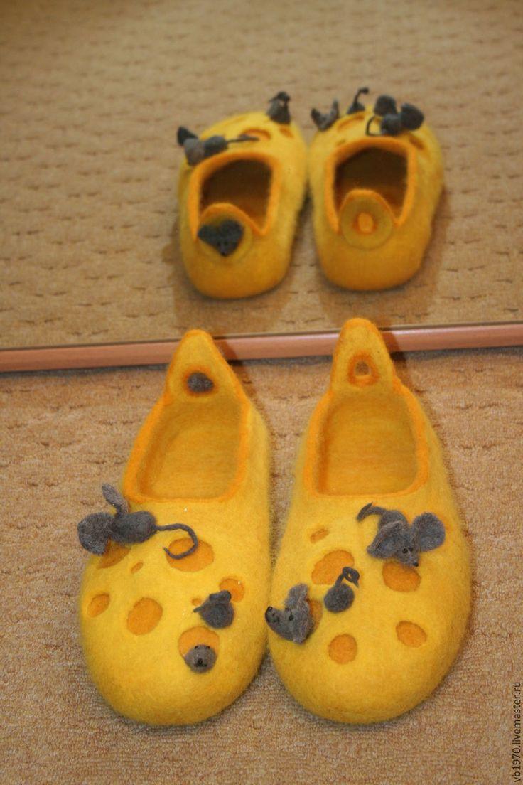 """Купить Валяные тапочки """"Мышиная мечта"""" - желтый, сыр, мышки, тапки из войлока, тапки из шерсти"""
