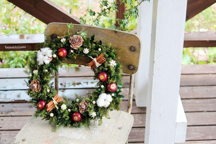 【楽天市場】【送料無料!】クリスマスキャロル L/プリザーブドフラワー・クリスマスリース・りんご・ギフト・お祝い・お誕生日・お礼・結婚祝い・新築祝い:プリザーブドフラワー雑貨・花七曜