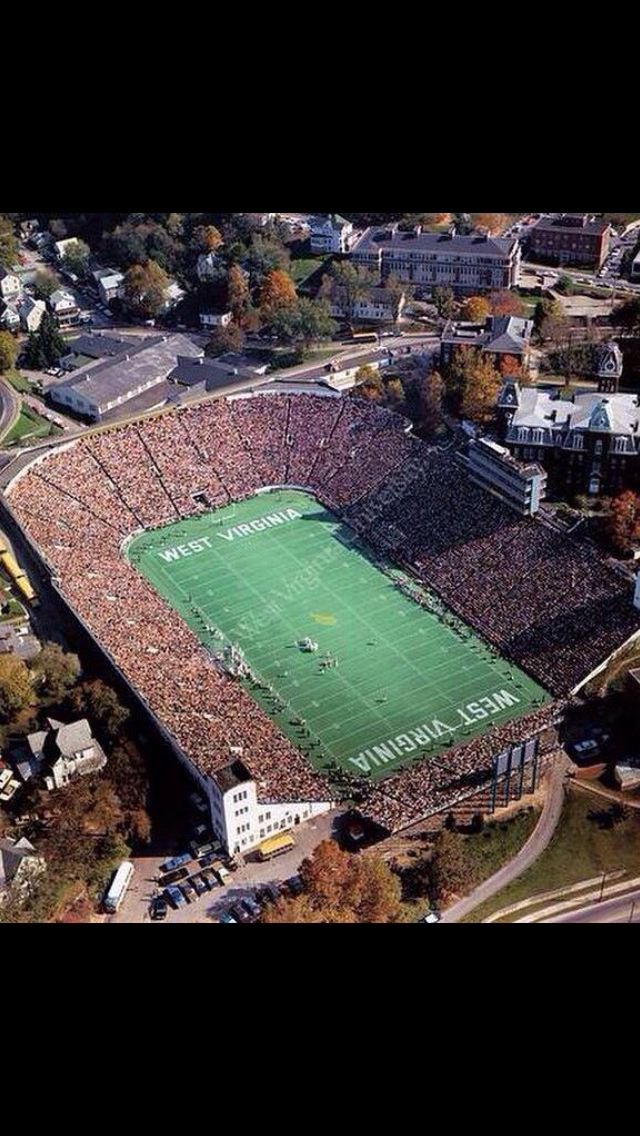 Old Mountaineer Field