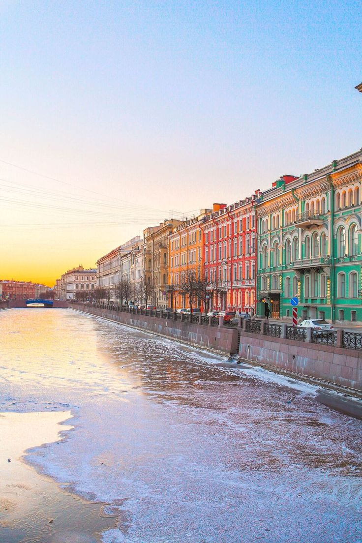PHOTOGRAPHIC JOURNEY: SAINT PETERSBURG