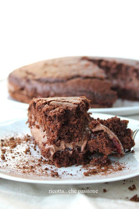 ricotta...che passione: Ho voluto provarla.....torta senza latte e senza uova