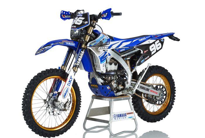 moto YAMAHA  250 WRF Enduro
