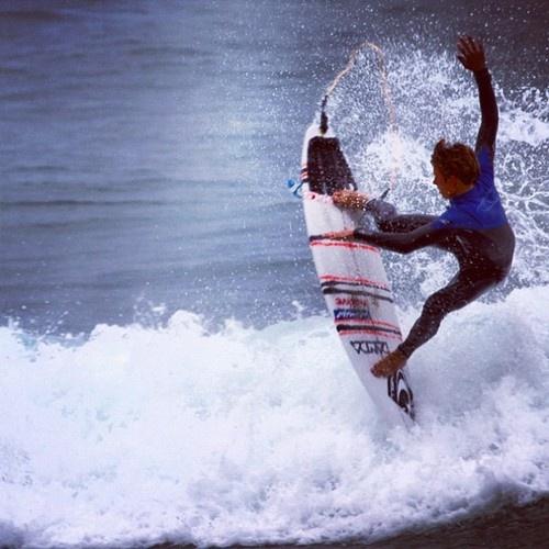 SDS Team Rider Jackson Carey bustin' fins! Photo taken by his younger bro Lachie. Follow @surfdivenski