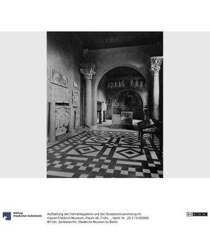 Aufstellung der Gemäldegalerie und der Skulpturensammlung im Kaiser-Friedrich-Museum, Raum 06, Frühchristlich-Byzantinische Kunst, Blick in Raum 7