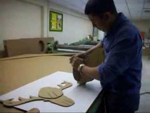 Como se hace un reno o alce en carton - YouTube