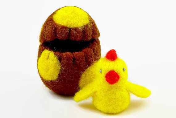 Felted Easter Chick in an Easter Egg - Surprise Egg - Easter Decoration - Miniature Easter - Wool Easter - Waldorf Toy