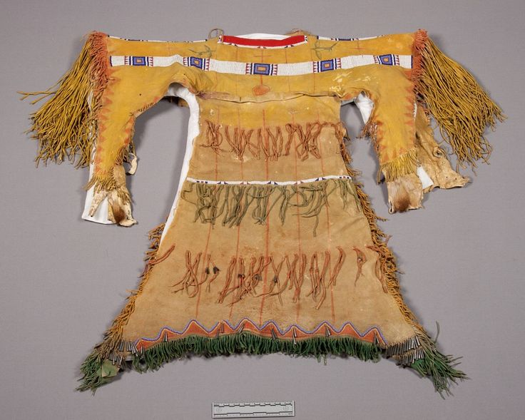 Girl dress southern cheyenne 2 90x125 cm george levi for Cheyenne tribe arts and crafts