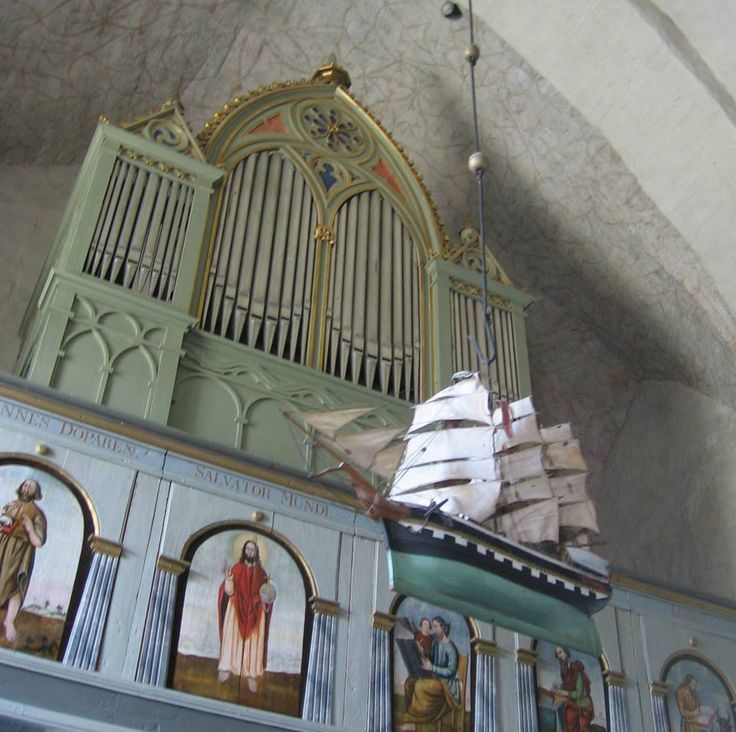 Organs in a church in Åland