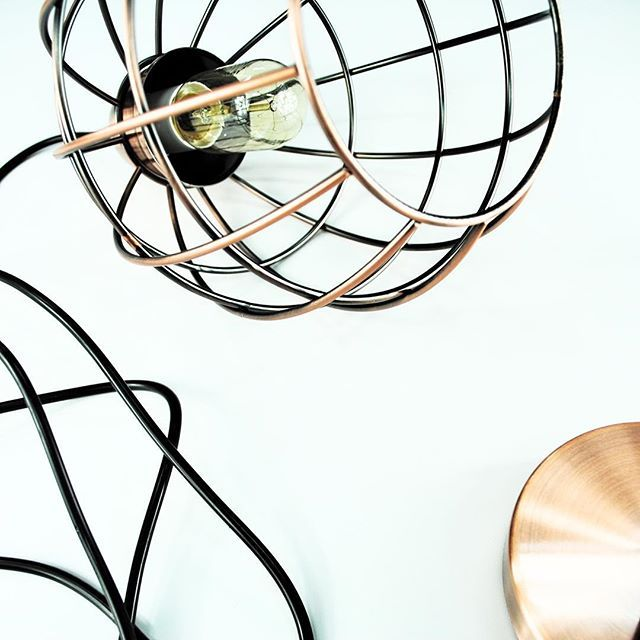 The #tahlya - beautiful two tone copper pendant lighting at its most gorgeous. www.mercuryduck.com.au #lights #australia #industrial #pendants #homedecor #copper #mercuryduck