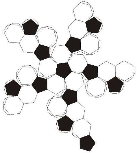 Cómo hacer una pelota de Futbol Soccer de papel cartón. A final de cuentas, un balón de fut está formando por 12 pentagonos rodeados ...
