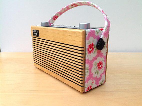 Roberts Rambler RD76 DAB Radio in Cath Kidston Provence Rose