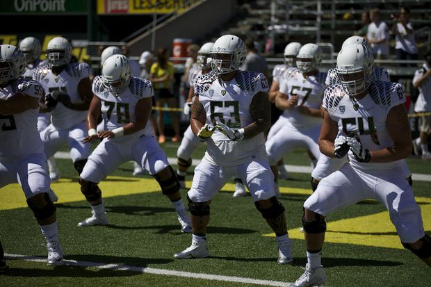 Oregon Ducks rise one spot to No. 2 in AP Top 25 college football poll