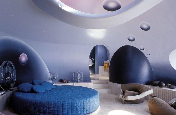 Дом Пьера Кардена на Французской Ривьере, архитектор Антти Ловаг.