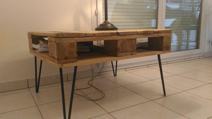 Table basse vintage solide et pratique