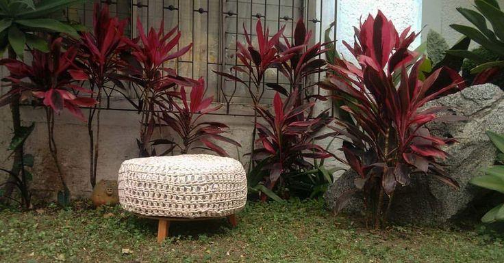 Puff reciclados hechos con llanta en Medellín, contáctenos al 3016097311 con forro desmontable. Decoración de hogar