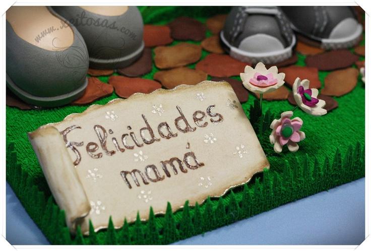 Letrero de goma eva en forma de pergamino  http://www.xeitosas.com/