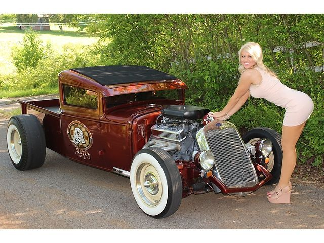 hot rods and rusty ones photo