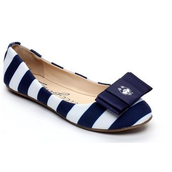 UConn Huskies Lillybee U Women's Flats with Removable Bow