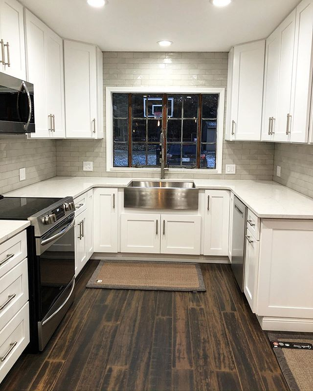 White Cabinets With Black Countertops 12 Inspiring Designs Grey