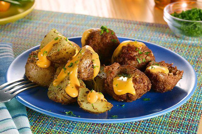 Bring scrumptious VELVEETA® Slow-Cooker Cheesy Stuffed Meatballs & Potatoes to your next potluck. People love the taste of cheesy meatballs and potatoes!
