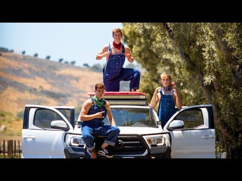 Jake Paul - Ohio Fried Chicken (Song) feat. Team 10 (Official Music Video) - YouTube
