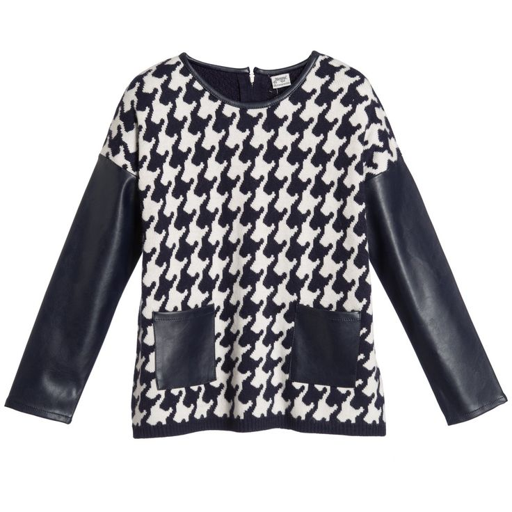 Older girls, classic navy blue and white jumper by<span>Mayoral with a large houndstooth check. In a loose fitting style, it fastens at the back of the neck with a zip and has synthetic leather trim, pockets and sleeves.<br /></span> <ul> <li>43% viscose, 3% angora, 54% other fibres (soft knit)</li> <li>Machine wash (30*C)</li> <li>Designer colour: Navy<br /></li> </ul>