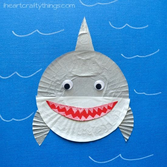 Cupcake Liner Shark Kids Craft | I Heart Crafty Things