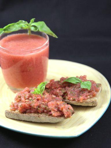 Recette de Jus de tomates au basilic