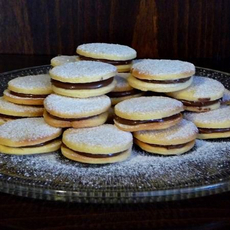 Omlós keksz mogyorókrémmel Recept képpel - Mindmegette.hu - Receptek