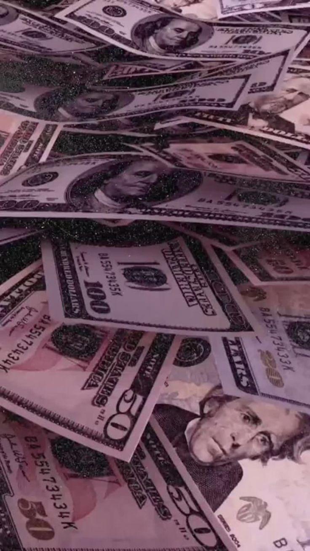 fmoig keriaah_ 🐯💛 Money wallpaper iphone