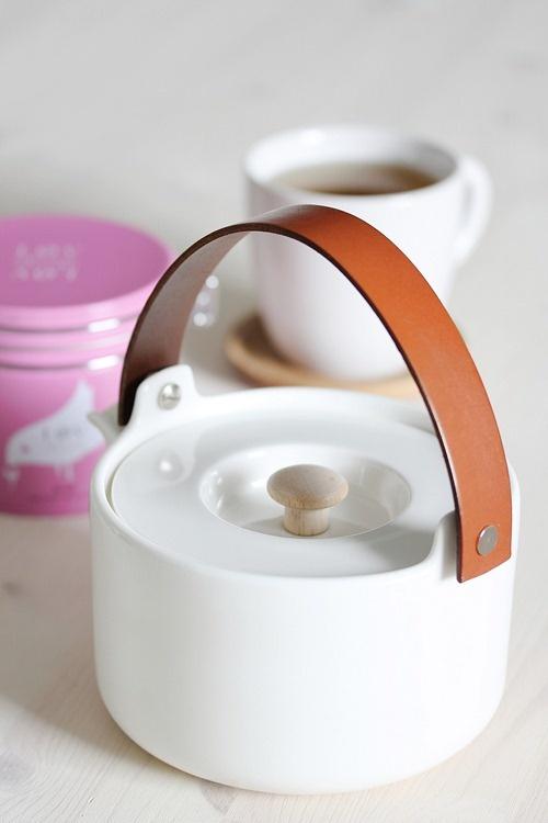 Leather handle on Marimekko teapot
