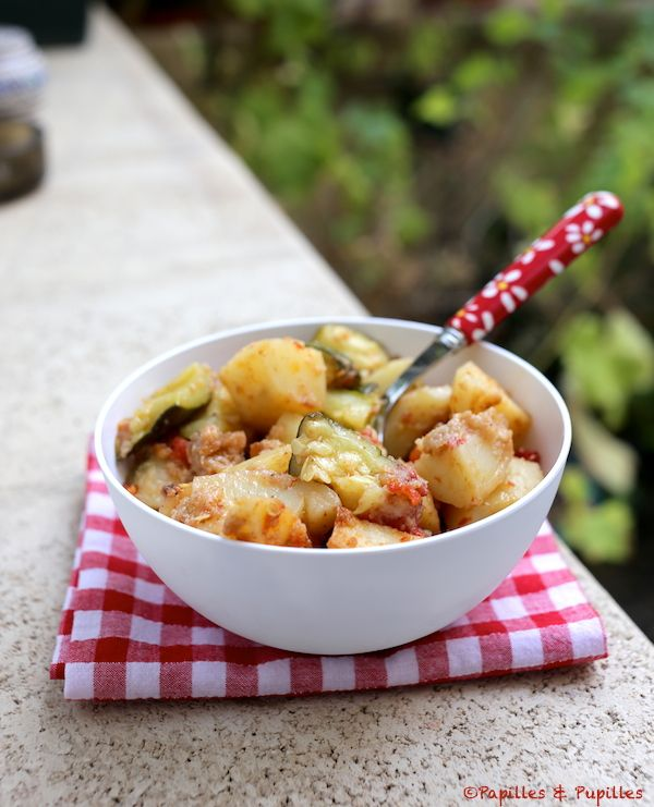 recette : Gratin de pommes de terre, tomates et courgettes / Recipe : Zucchini, potatoes and tomatoes gratin.