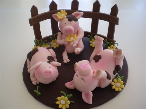 Art Piggys cake-tutorials-toppers-and-figurines